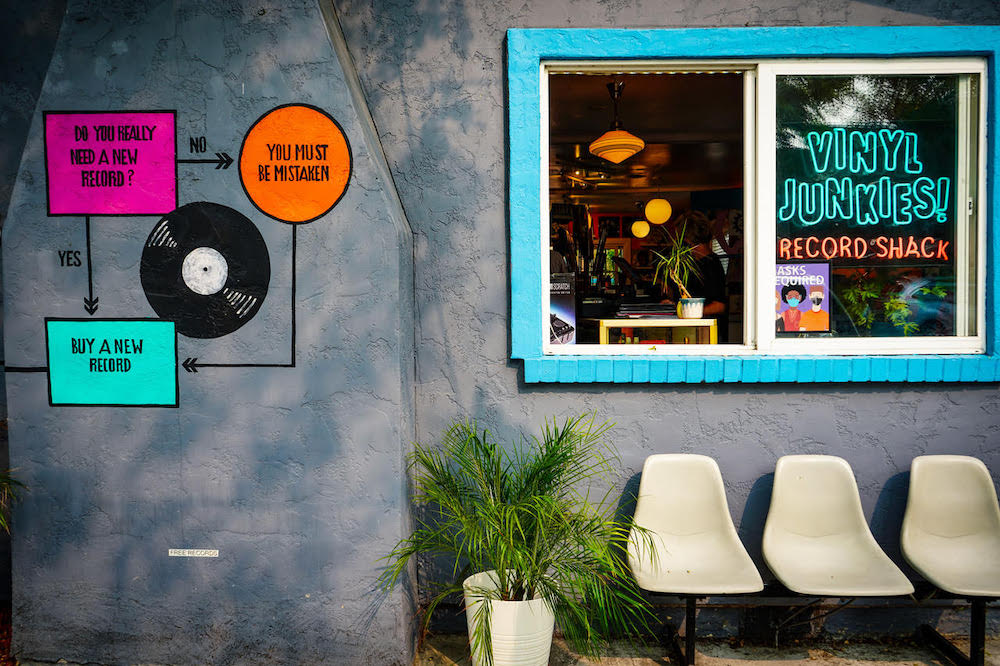 Vinyl Junkies record store from the outside