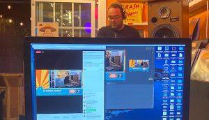 Simulcast livestream